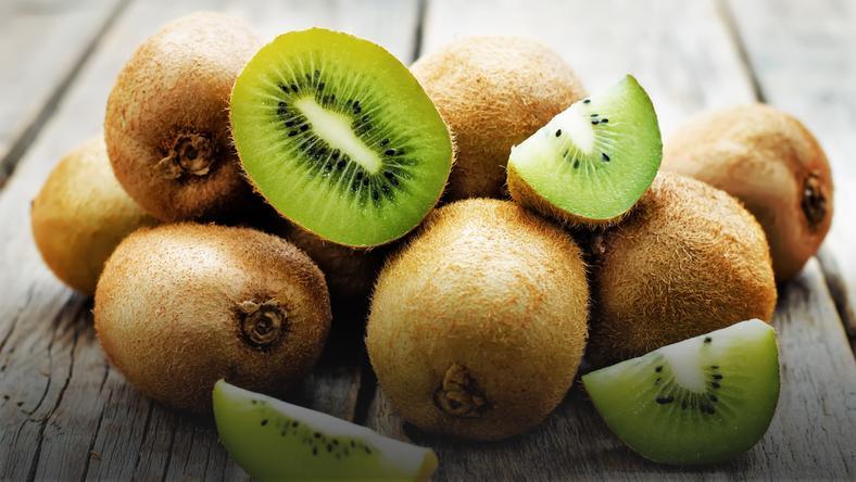Kiwi to najzdrowszy owoc świata. Co się zmieni w twoim ciele, gdy będziesz jeść choć jedno kiwi dziennie?