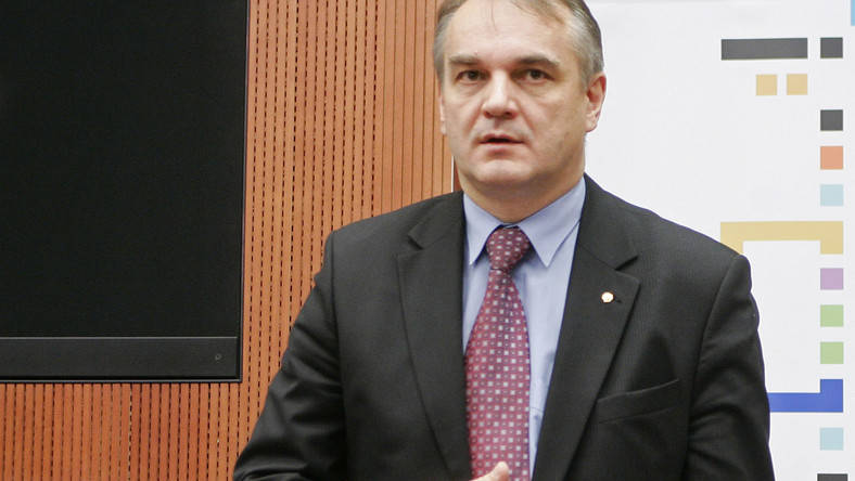 PiS: Niech Sejm sprawdzi alimenty Pawlaka