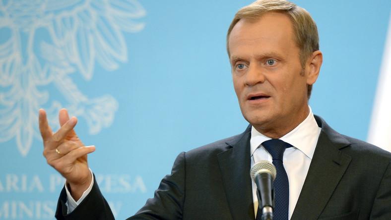 Premier Tusk: Każdy, kto podnosi rękę na polskiego policjanta...