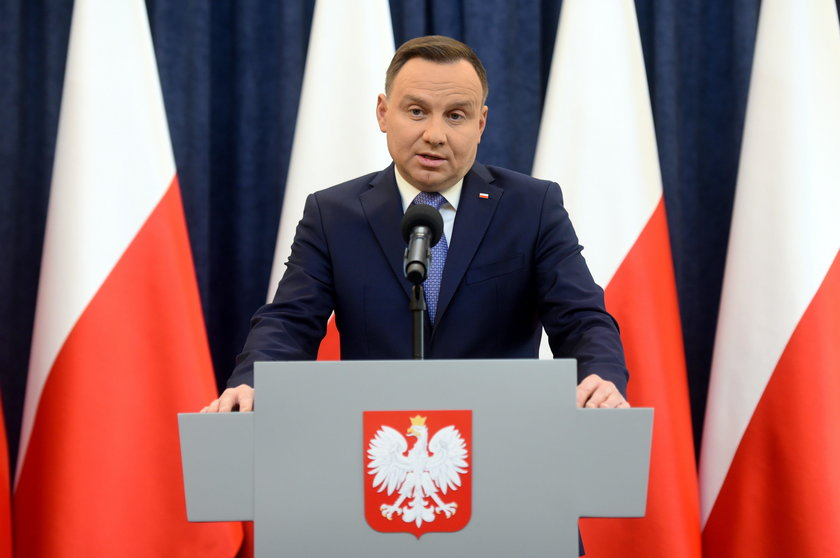 """""""Dudowe"""" zostało wprowadzone z inicjatywy prezydenta"""