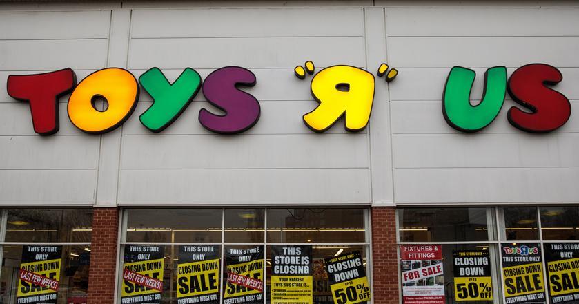 """Toys """"R"""" Us złożył wniosek o upadłość w 2017 roku. Dług firmy wynosił wtedy 5,2 mld dol."""