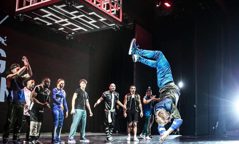 Latający tancerze podbili Warszawę!
