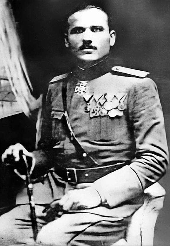 Krsto Zrnov Popović