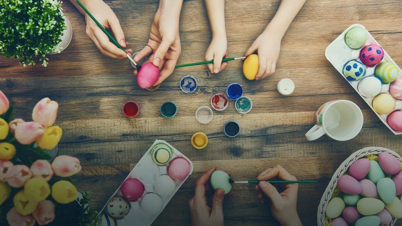Jajka wielkanocne - pięć sposobów na pisanki DIY!