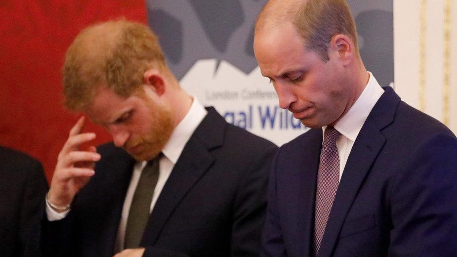 Książę Harry i William nie pójdą obok siebie na pogrzebie księcia Filipa