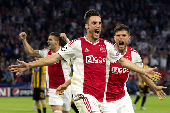 Nikolas Taljafiko slavi pogodak protiv AEK-a
