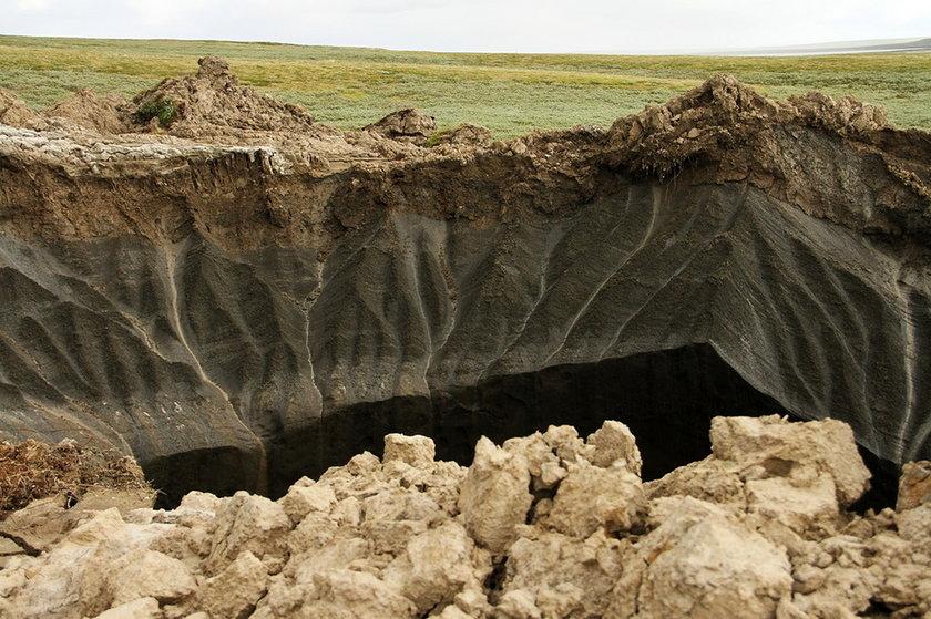 Tajemnicze kratery na Syberii
