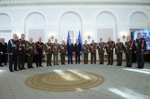 Prezydent Andrzej Duda wręczył nominacje na stopień generała