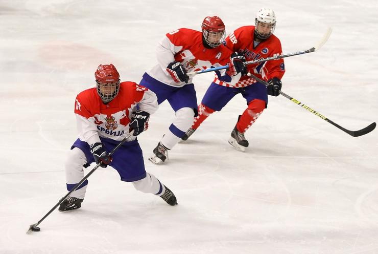 Mlada hokejaška reprezentacija Srbije