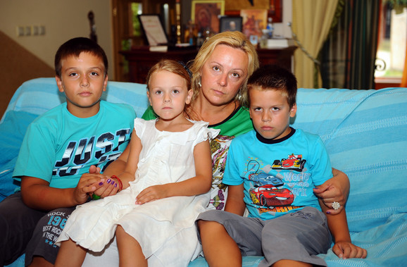 Silvana sa troje dece koje ima sa Luisom