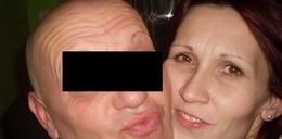 Odciął żonie głowę nożem do tapet. Jednym cięciem uciął jej całą pierś