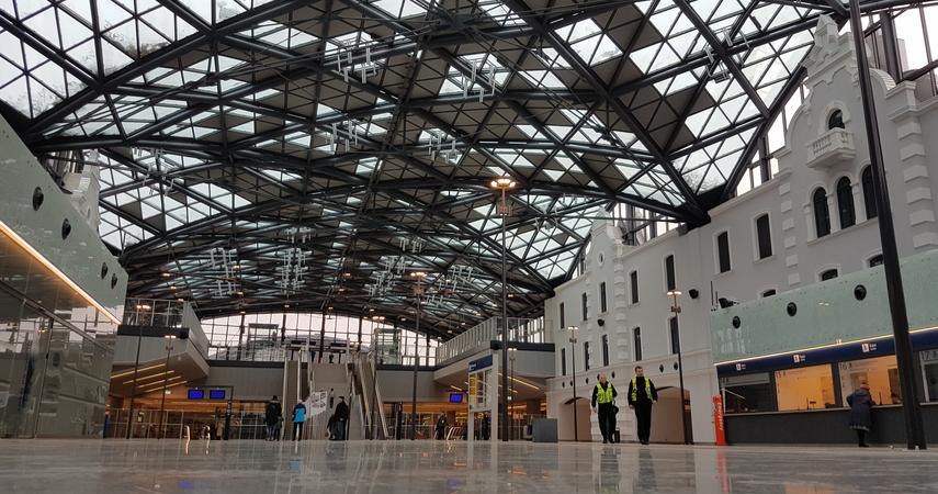 f3a1c3851fdcb Foto: Aleksander Fedoruk / Business Insider Polska Dworzec Łódź Fabryczna,  który powstał w ramach modernizacji Łódzkiego Węzła Kolejowego Zobacz także
