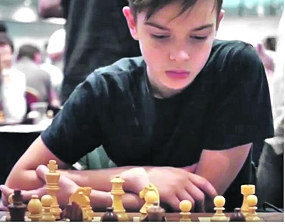 Vuk za šahovskom tablom