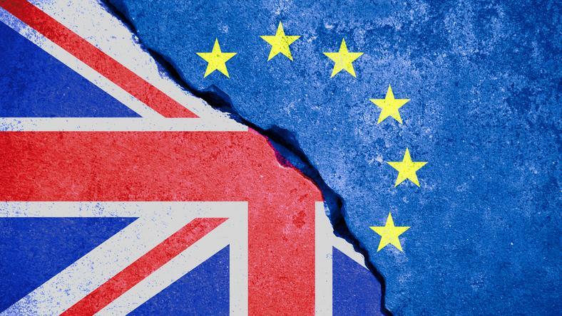 """""""The Times"""" o obawach imigrantów z UE w świetle Brexitu"""