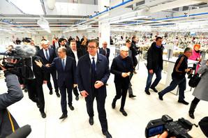 POSAO ZA 300 LJUDI Vučić otvorio pogon fabrike Kalcedonija u Kuli
