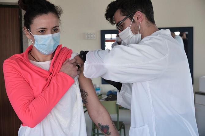 Vakcinacija se obavlja u Kini, Rusiji, Americi, Velikoj Britaniji, našoj zemlji