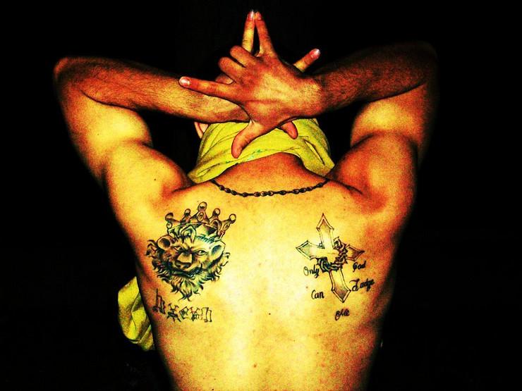 Skriveno Značenje Ovih 15 Tetovaža Obožavaju Kriminalci U