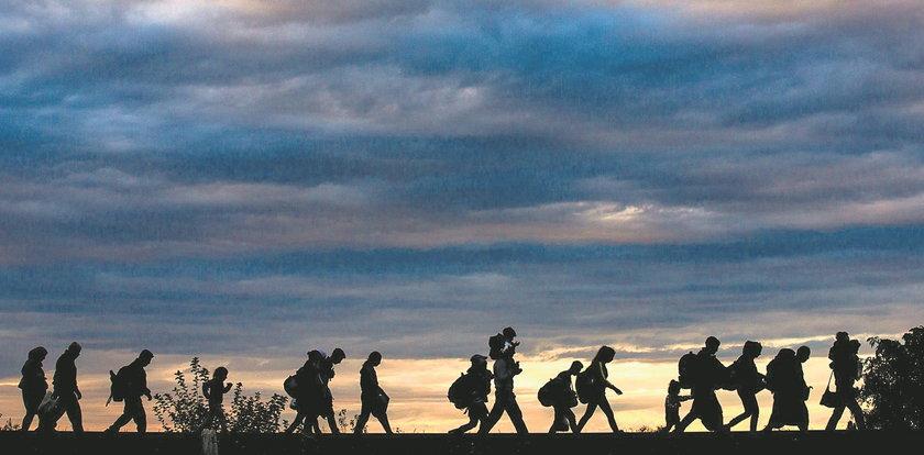 Turcja: nie będziemy zatrzymywać uchodźców udających się do UE