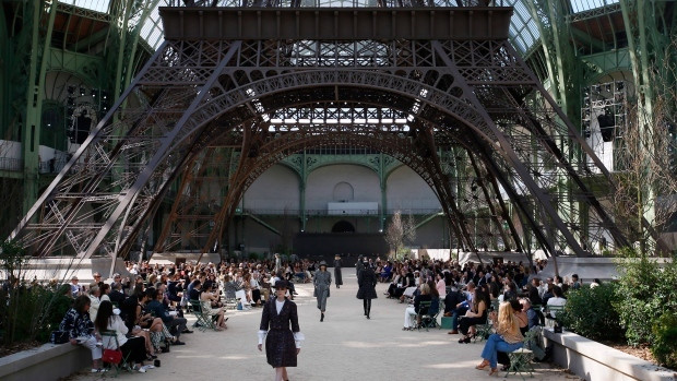 Paris fashion week [CTVnews]