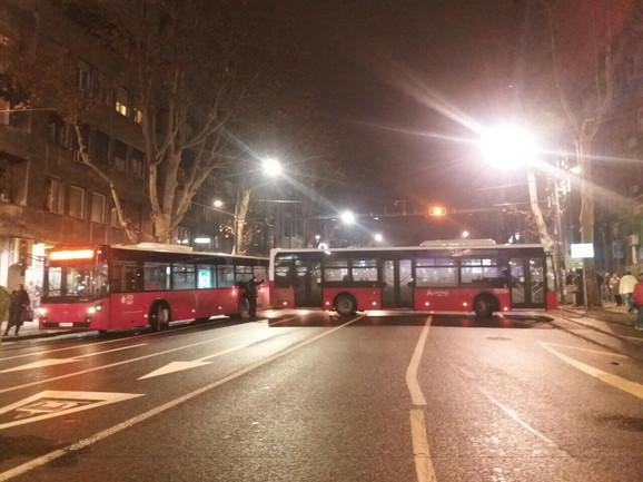 Autobusi na početku Bulevara oslobođenja