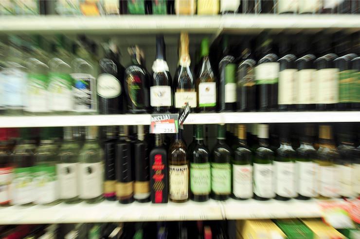prodavnica alkohol01_RAS _foto Emil Conkic