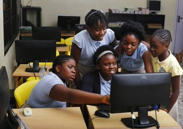 Nigerian 'Brain Squad' girls - Ayomikun Ariyo, Ivana Mordi, Jadesola Kassim, Munachiso Chigbo and Pandora Onyedire (technext)