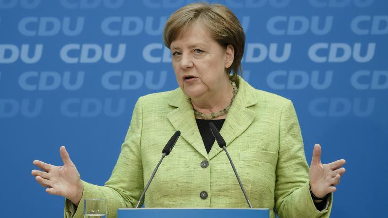Angela Merkel na konferencji prasowej po wyborach regionalnych w kraju Saary
