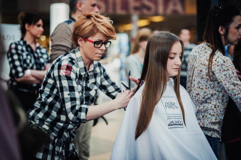 Katowice. Strzyżenie włosów dla cięzko chorych dzieci