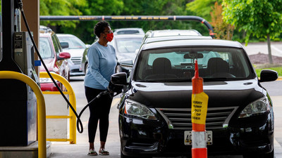 Gas prices surge past $3 for the first time since 2014 as pipeline disruption cripples supply