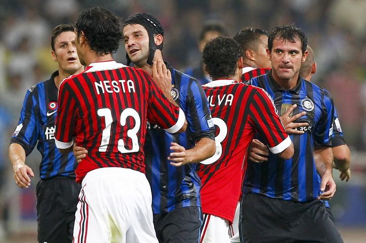 Deki Stanković protiv Milana