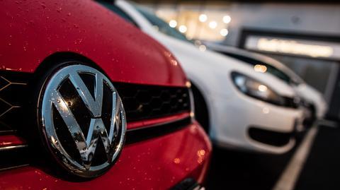 Volkswagen zgodził się wcześniej wypłacić prawie 16 mld dolarów, aby zaspokoić cywilne roszczenia w USA. Dotyczyły one pół miliona samochodów