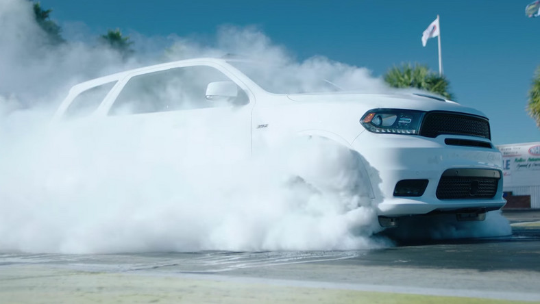 Dodge Durango SRT - burnout 4x4