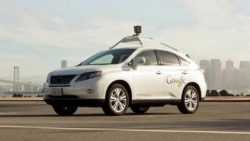 Kalifornia pozwoli jeździć autom bez kierowcy
