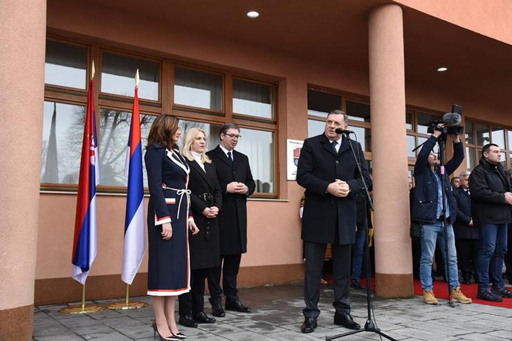 Vučić-Dodik-Mrkonjć-Grad-1 foto Srpskainfo