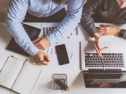 Sukcesy firmy zawsze są zasługą współpracy zespołowej, a nigdy nie zależą tylko od jednej osoby