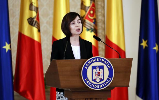 Jeśli chodzi o Unię, wydaje się, że będzie stawiać na integrację gospodarki Mołdawii z Zachodem.