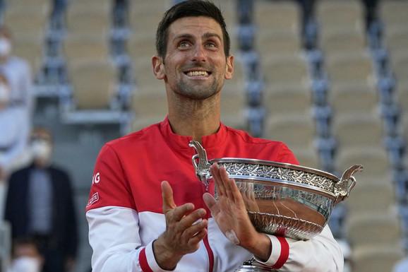 """Da se ne zabrojimo pred Vimbldon! Novak Đoković """"diže lestvicu"""" sve više i više, Rafael Nadal je preko 3.500 poena daleko!"""