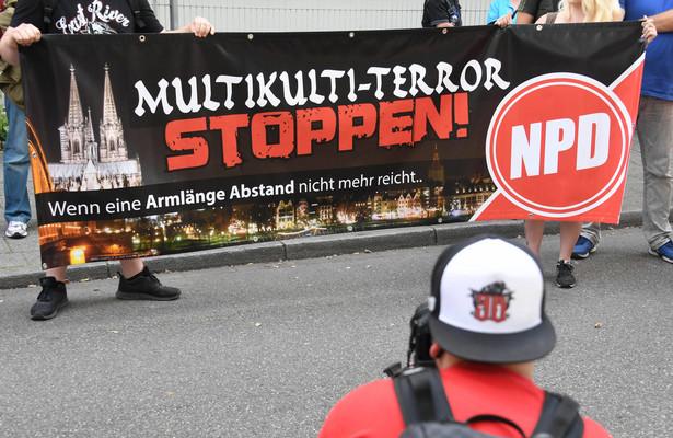 Na listach poszukiwanych przez niemiecki wymiar sprawiedliwości jest niemal pół tysiąca potencjalnych prawicowych bojówkarzy.
