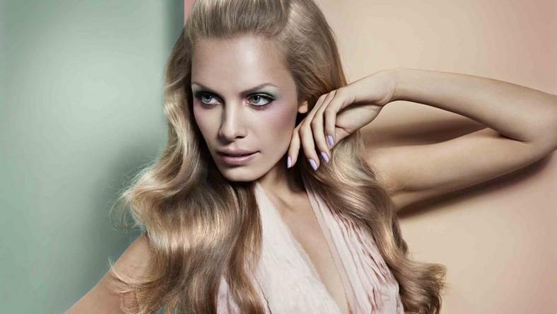 Wiosenną linię makijażu Misslyn promuje modelka Jana Beller