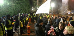 Policja użyła siły przed Sejmem. FILMY