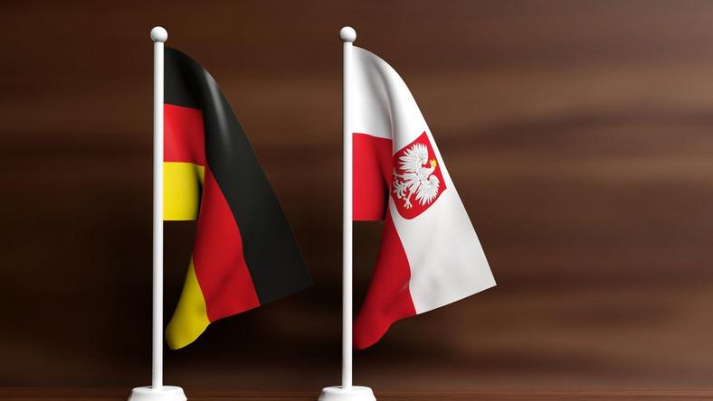 Niemiecka i polska flaga