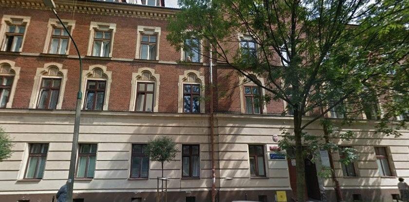 Uczniowie krakowskiego liceum dostali zakaz uprawiania seksu. Dyrektor: nie zgłaszają sprzeciwu