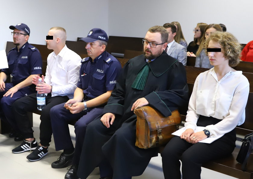 Młodzi zwyrodnialcy przed sądem