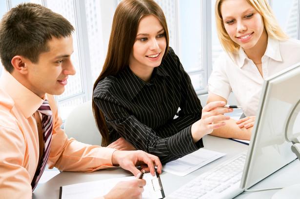 Tylko kilkanaście z ponad 400 polskich szkół wyższych oferuje studia przez internet