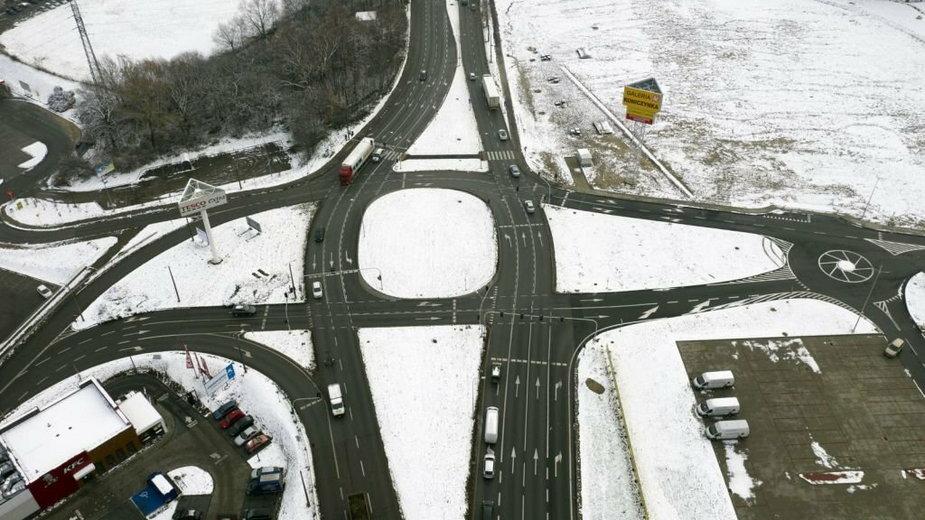 To skrzyżowanie sprawia kierowcom problemy