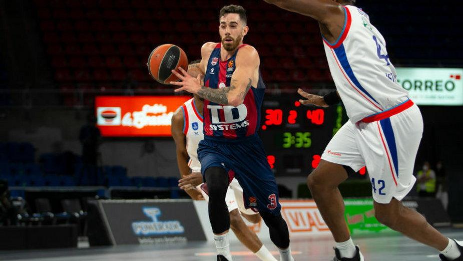 Luca Vildoza (z piłką)
