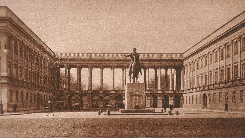 Pałac Saski w Warszawie, 1930