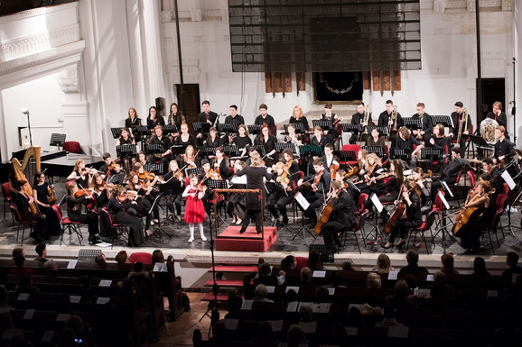Filharmonija mladih u Sinagogi