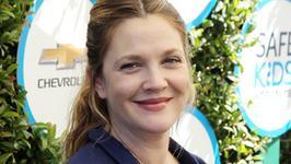 Drew Barrymore ma coraz pełniejsze kształty