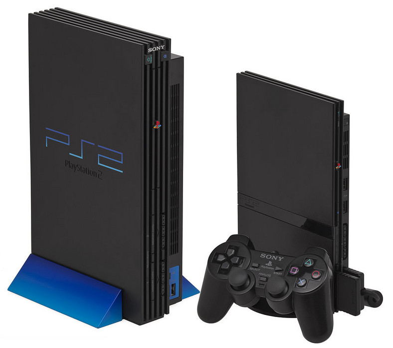 PlayStation 2 i wersja Slim - Fot. Evan-Amos/Public Domain